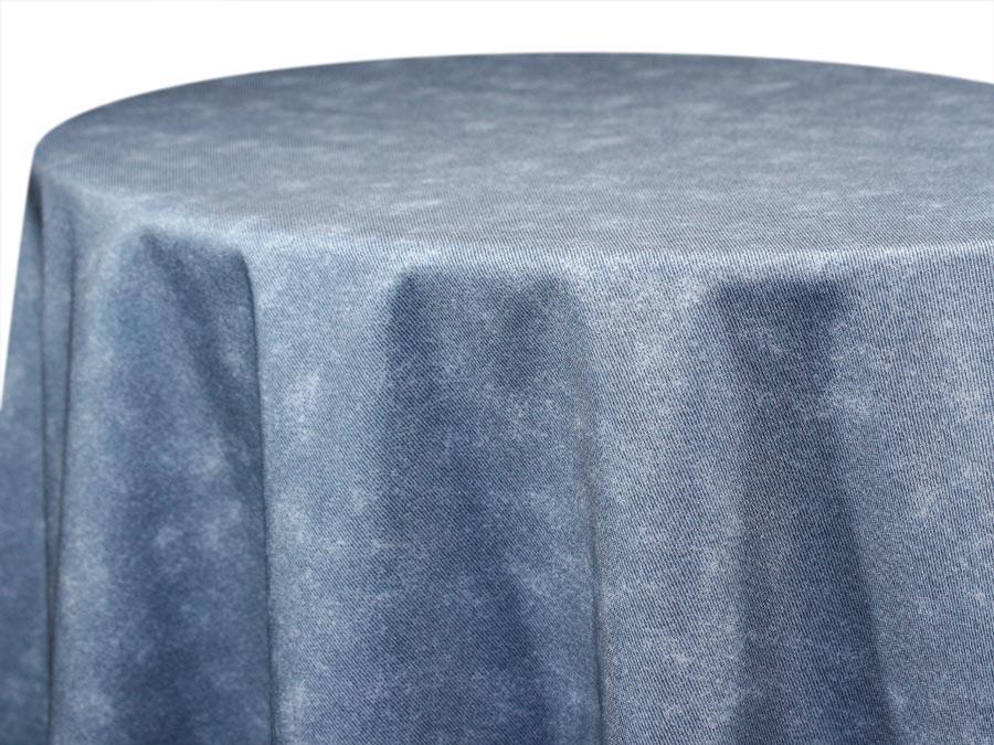 Charmant A1 Tablecloth