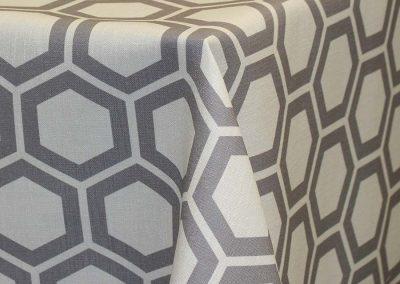 Honeycomb - Grey on ivory