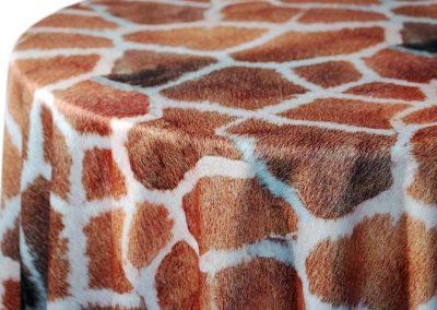 Giraffe - Golden